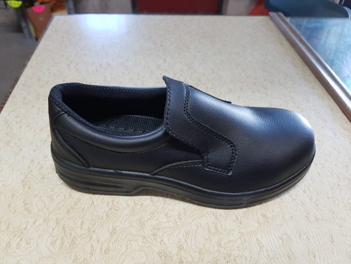 LADIES SLIP ON SHOES